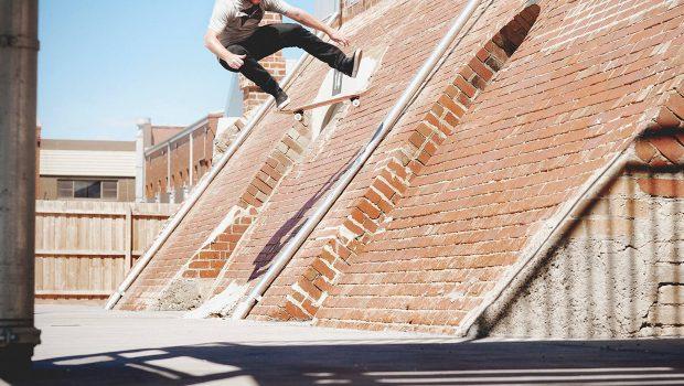 mike-martin-the-4-skate-skateboard-company-co-kickflip-fakie